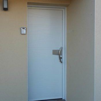 Porte entrée aluminium en Vendée