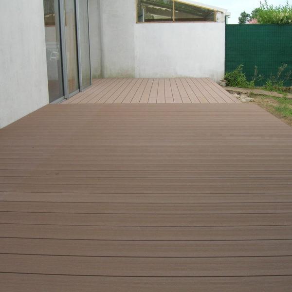 terrasse en bois composite à Olonne su rmer
