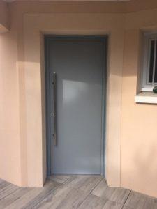 porte d'entrée aluminium les sables